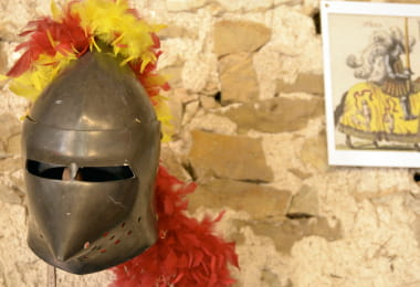 musee-cheval-maray-sologne-sud-casque-chavalier