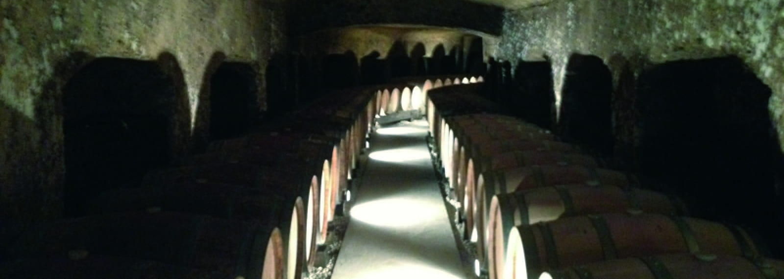 dom gouron-cave