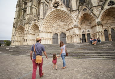 CATHEDRALEBOURGES1